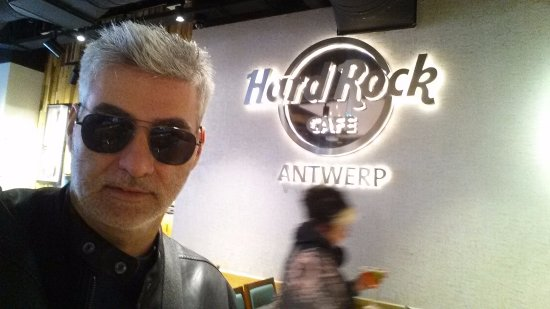 Hard Rock Cafe Antwerp: Genial el local