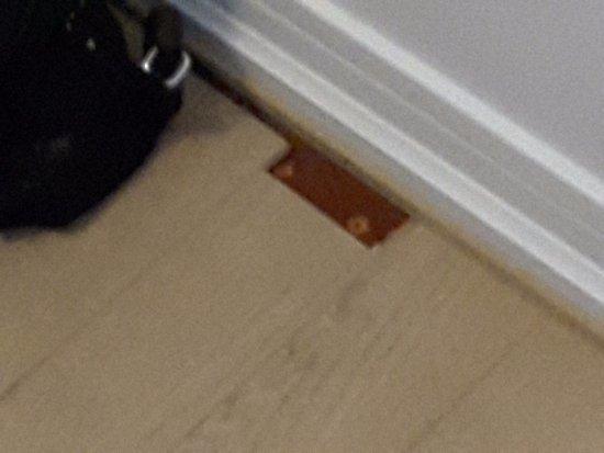L'Hostellerie des Clos: Pas terrible le plancher