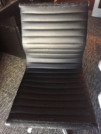 W Atlanta - Midtown: desk chair in room is literally falling apart.
