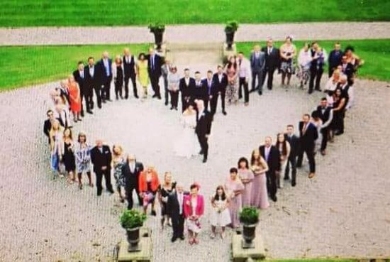 Gildersome, UK: The wedding party photo