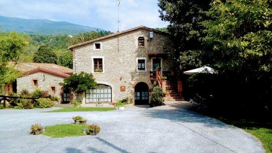 Sant Esteve de Palautordera, Hiszpania: Entorno cuidado y con encanto.