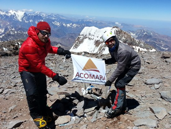 ‪Acomara-Aconcagua Expeditions‬