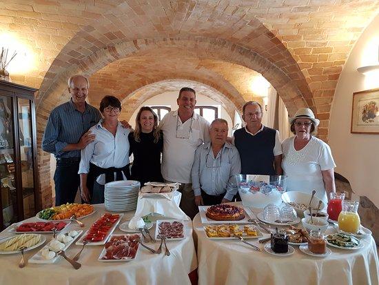 Equipe da expedi o e caf da manh picture of borgo for Europeo arredamenti mosciano sant angelo
