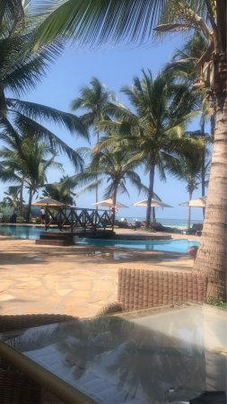 Sultan Sands Island Resort: photo2.jpg