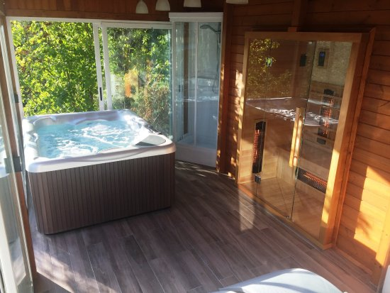 Marignolle Relais & Charme: Area Relax: hydromassage and infrared sauna