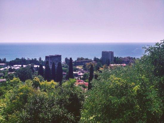 "Sukhumi, Geórgia: Крепость ""Замок Баграта""- вид на Сухум"