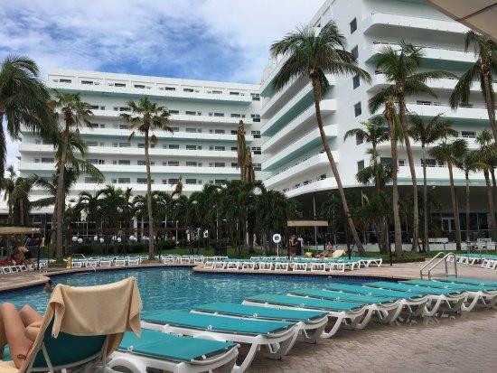 picture of hotel riu plaza miami beach miami. Black Bedroom Furniture Sets. Home Design Ideas