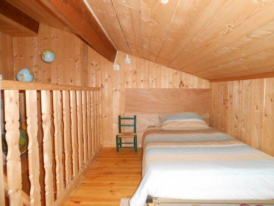 Les Gravets : Mezzanine Chambre Bois