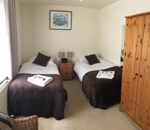 Pendoggett, UK: Double / Twin room with en-suite shower. No dogs allowed