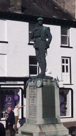 Selside, UK: Kendal War Memorial