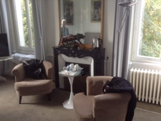 La Villa De La Paix : Coloniale Room