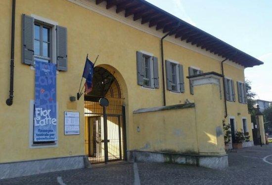 Scuola Inglese Novate Milanese.Ottimo Spazio Per I Bimbi Piccoli Recensioni Su Biblioteca