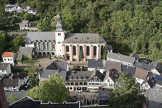 Heimbach, Γερμανία: Het uitzicht vanaf de donjon.