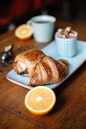 3ba33b3b3c19d Coccinelle Cafe