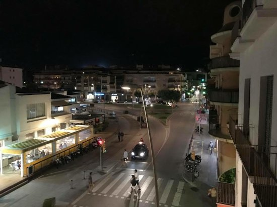Hotel El Cid: Photo taken from balconey