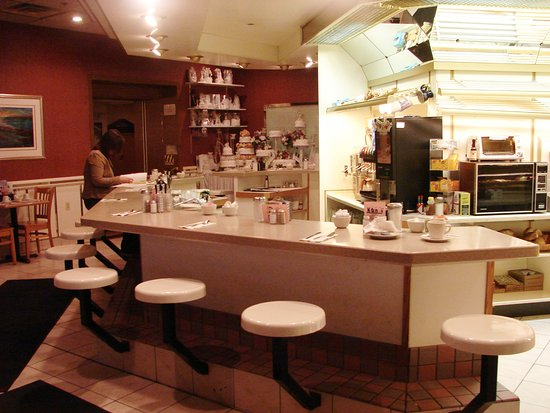 "Kingston, Estado de Nueva York: Our cafe counter, where all the ""regulars"" sit and all the worlds problems are solved!"