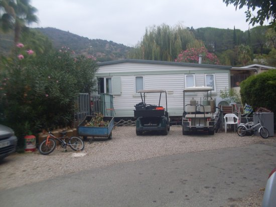 Parc des monges updated 2017 campground reviews price - La table du village auribeau sur siagne ...