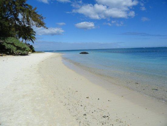 Le Cardinal Exclusive Resort: Spiaggia Trou aux biches