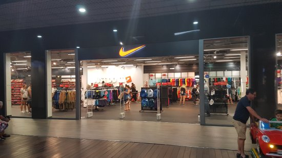 20170929_180036_large.jpg - Picture of The Outlet Stores Alicante ...
