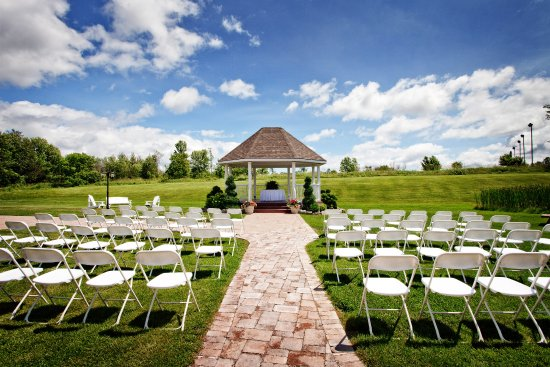 Best Western Plus Mariposa Inn & Conference Centre : We can do any function outside in our Gazebo Area.