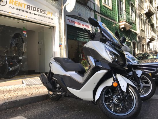 Sym Cruisym 300 available @ RentRiders Pt ! - Picture of
