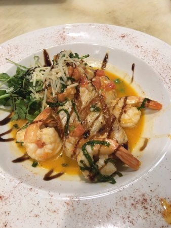 Lazzaro's Italian Bistro: Swordfish Scampi