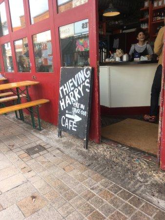 Harry S Cafe Numero