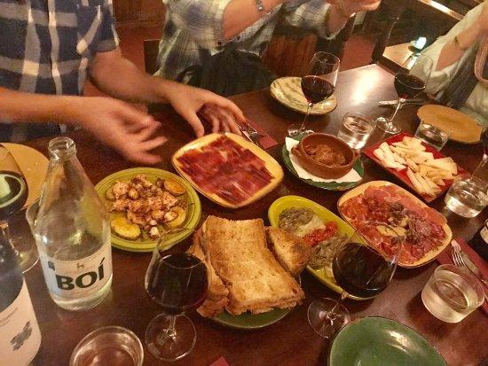 Taste Barcelona  Walking Tours : photo1.jpg