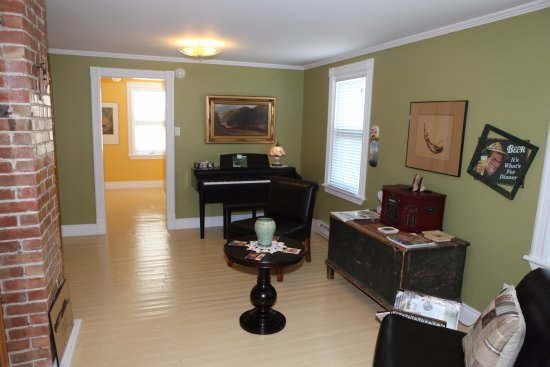 Godbout, Canada: Salon étage