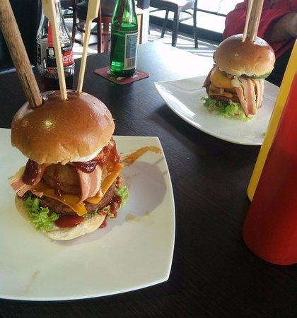 Photo of Restaurant Lily Burger at Am Friedrichshain 34, Berlin 10407, Germany