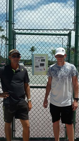 The trainers from omnibus tennis are teaching and coaching on the courts of several hotels on Ar