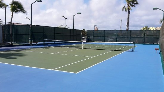 Omnibus Tennis: Aruba is a great island with lots of very nice tenniscourts; just play tennis with omnibus tenni
