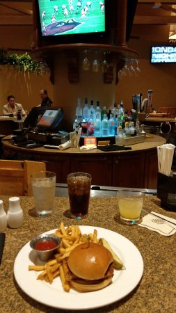Villas of Grand Cypress: I'm telling you the Bronze Grouper is worth the trip by itself