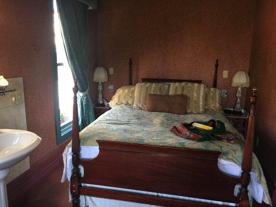 Humboldt House Bed & Breakfast Inn: photo1.jpg