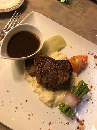Hotel Eiger Restaurant: photo0.jpg