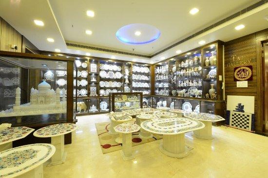 Taj Gallery