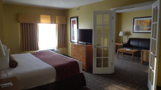 Best Western Plus Windjammer Inn & Conference Center: King Bed with Sofa-Bed aka Junior Suite