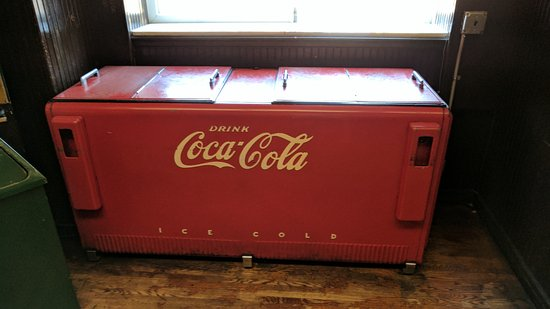 yesterdog old coca cola cooler