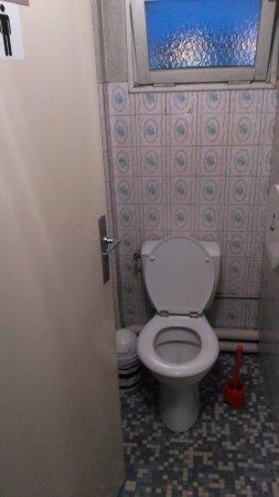 Decontracte Moquette Salle De Bain Chantafred Hotel WC Sur Le Palier