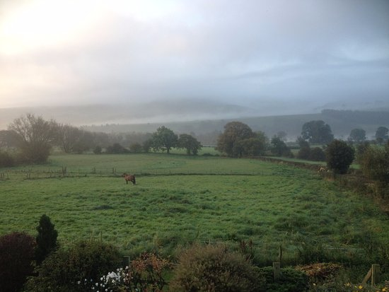 Round Meadow Barn: The bedroom view early morning September 2017