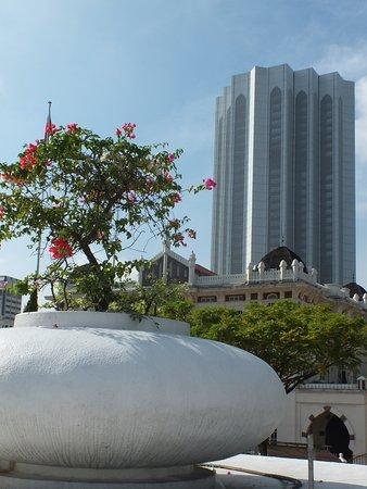 Dayabumi Complex: joli style arabique
