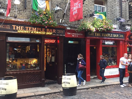 Greystones, Irland: A tempting stop in Dublin's Temple Bar