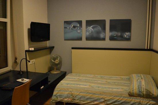 Bristol Hotel Zürich: Room