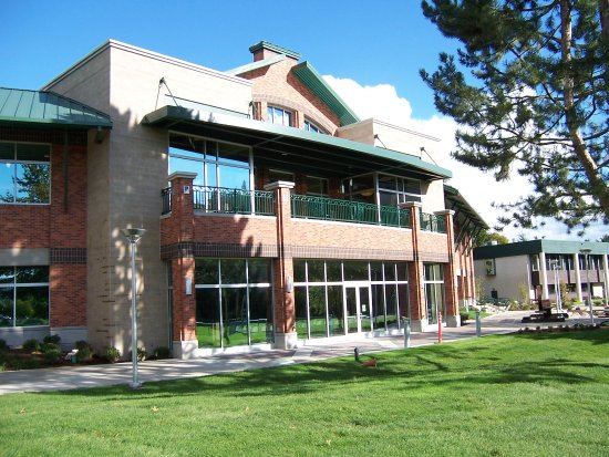 Coeur d'Alene, Idaho: The parkside view of the Coeur d'Alene Public Library.