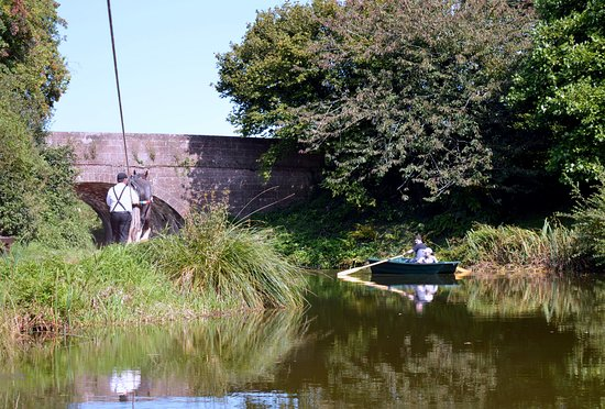 Tiverton Canal Co: Along the way