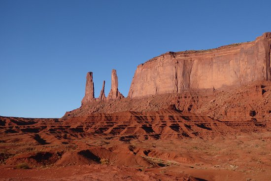 Phillips Tours Monument Valley
