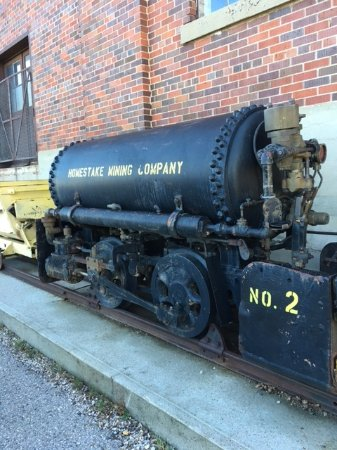 Lead, SD: Engine that pulled the ore cars