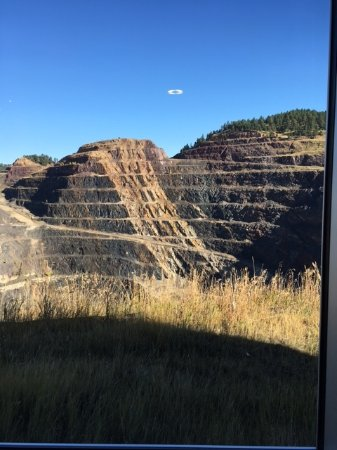 Lead, SD: Layers Of Mining History
