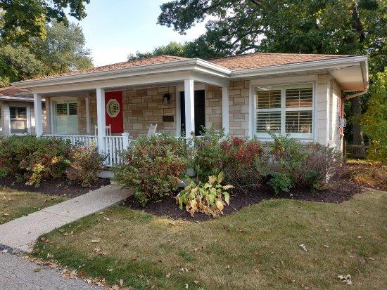 SevenOaks: Henley cottage