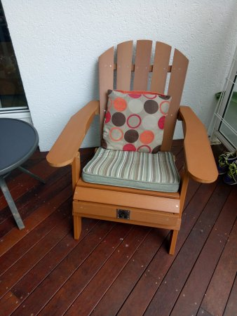 Beaches Port Douglas: Comfy balcony chairs